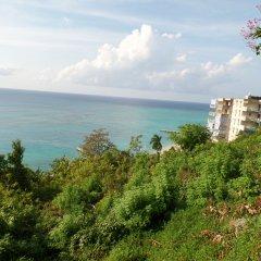 Отель Court Manor at Montego Bay Club пляж