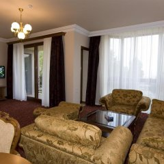 Russia Hotel (Цахкадзор) комната для гостей фото 5