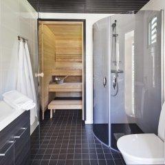 Отель Holiday Club Saimaa Apartments Финляндия, Лаппеэнранта - отзывы, цены и фото номеров - забронировать отель Holiday Club Saimaa Apartments онлайн ванная фото 3