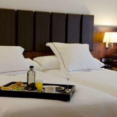 Hotel Claridge Madrid в номере