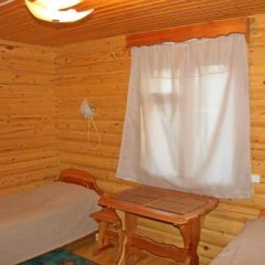 Гостиница Holiday House Aveliya в Катуни отзывы, цены и фото номеров - забронировать гостиницу Holiday House Aveliya онлайн Катунь комната для гостей фото 5