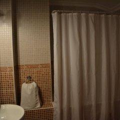 Отель Hostal San Miguel Испания, Трухильо - отзывы, цены и фото номеров - забронировать отель Hostal San Miguel онлайн ванная фото 2