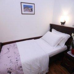 Отель ANTIPATREA Берат комната для гостей