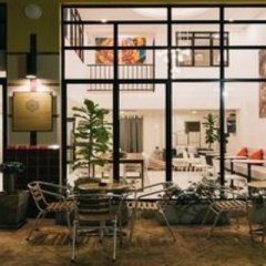 Chamberlain Hostel - Adults Only Бангкок помещение для мероприятий фото 2