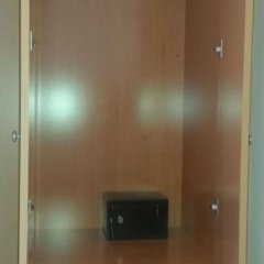 Hotel Madrid сейф в номере