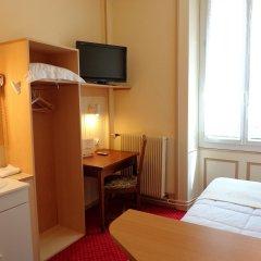 Отель Hôtel Continental Эвиан-ле-Бен удобства в номере фото 2