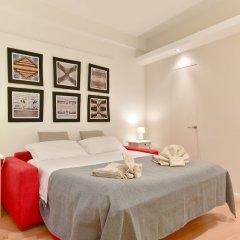 Отель Two Chic Guesthouse Италия, Рим - отзывы, цены и фото номеров - забронировать отель Two Chic Guesthouse онлайн комната для гостей фото 4