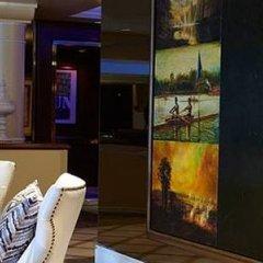 Отель Renaissance Los Angeles Airport Hotel США, Лос-Анджелес - 8 отзывов об отеле, цены и фото номеров - забронировать отель Renaissance Los Angeles Airport Hotel онлайн развлечения