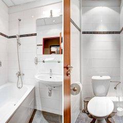Отель Three Crowns Hotel Чехия, Прага - 6 отзывов об отеле, цены и фото номеров - забронировать отель Three Crowns Hotel онлайн ванная