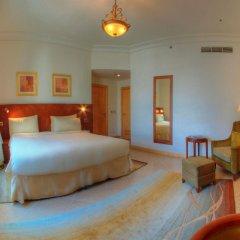 Отель Royal Club at Palm Jumeirah ОАЭ, Дубай - 5 отзывов об отеле, цены и фото номеров - забронировать отель Royal Club at Palm Jumeirah онлайн комната для гостей фото 4