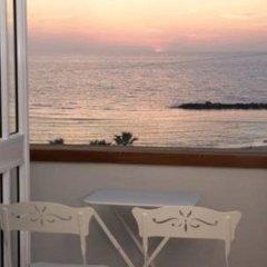 Gordon Hotel & Lounge балкон