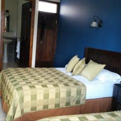Отель Casa Colonial Bed And Breakfast Гондурас, Сан-Педро-Сула - отзывы, цены и фото номеров - забронировать отель Casa Colonial Bed And Breakfast онлайн комната для гостей фото 5