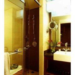 Отель Amwaj Rotana, Jumeirah Beach - Dubai сейф в номере