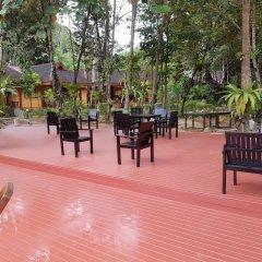 Отель Sayang Beach Resort Koh Lanta Таиланд, Ланта - 1 отзыв об отеле, цены и фото номеров - забронировать отель Sayang Beach Resort Koh Lanta онлайн приотельная территория фото 2