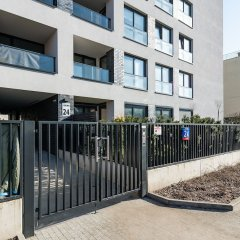 Апартаменты P&O Apartments Okecie 4 парковка