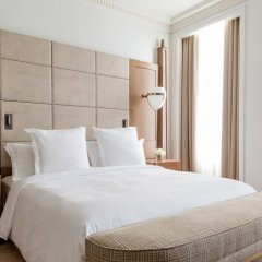 Four Seasons Hotel London at Ten Trinity Square комната для гостей фото 3