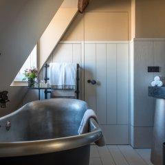Отель Cour Des Vosges Париж ванная
