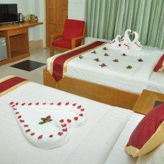 Отель Golden Kinnara Hotel Мьянма, Лашио - отзывы, цены и фото номеров - забронировать отель Golden Kinnara Hotel онлайн удобства в номере