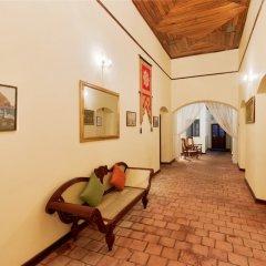 Отель Thebuwana Bungalow интерьер отеля