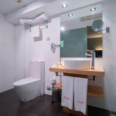 Отель Petit Palace Alcalá Испания, Мадрид - 3 отзыва об отеле, цены и фото номеров - забронировать отель Petit Palace Alcalá онлайн ванная