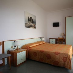 Отель Villa Adriana Монтероссо-аль-Маре комната для гостей
