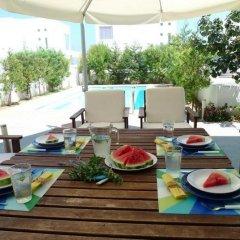 Отель Villa Centrum Кипр, Протарас - отзывы, цены и фото номеров - забронировать отель Villa Centrum онлайн питание