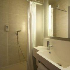 B&B Hotel Lyon Caluire Cité Internationale ванная фото 2