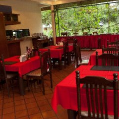 Отель Bangtao Village Resort Таиланд, Пхукет - 1 отзыв об отеле, цены и фото номеров - забронировать отель Bangtao Village Resort онлайн гостиничный бар