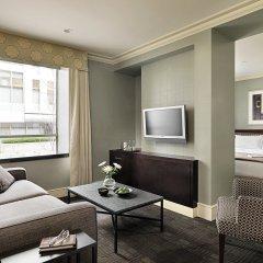 Отель The St. Regis Hotel Канада, Ванкувер - отзывы, цены и фото номеров - забронировать отель The St. Regis Hotel онлайн комната для гостей фото 2