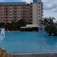 Отель Sunbeach бассейн фото 3