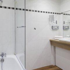 Отель Бутик-отель La Malmaison Nice Франция, Ницца - 1 отзыв об отеле, цены и фото номеров - забронировать отель Бутик-отель La Malmaison Nice онлайн ванная фото 2