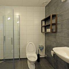Отель Spoton Hostel & Sportsbar Швеция, Гётеборг - 1 отзыв об отеле, цены и фото номеров - забронировать отель Spoton Hostel & Sportsbar онлайн ванная