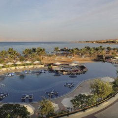 Отель Movenpick Resort & Spa Tala Bay Aqaba бассейн