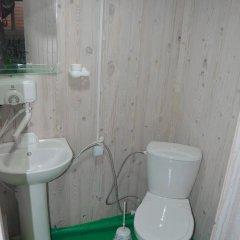 Гостиница Domiki u Morya в Анапе отзывы, цены и фото номеров - забронировать гостиницу Domiki u Morya онлайн Анапа ванная
