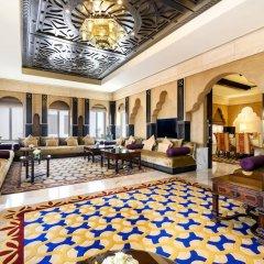 Отель Sharq Village & Spa интерьер отеля фото 2