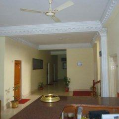 Отель Lacoul Pvt. Ltd. Непал, Сиддхартханагар - отзывы, цены и фото номеров - забронировать отель Lacoul Pvt. Ltd. онлайн интерьер отеля