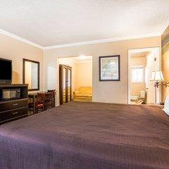 Отель Travelodge by Wyndham Rosemead США, Роузмид - отзывы, цены и фото номеров - забронировать отель Travelodge by Wyndham Rosemead онлайн удобства в номере фото 2