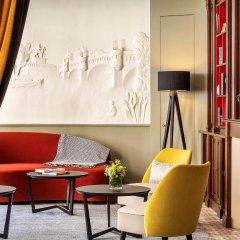 Отель Hôtel des ducs de Bourgogne Париж интерьер отеля фото 3