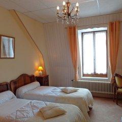 Отель Hôtel Continental Эвиан-ле-Бен комната для гостей
