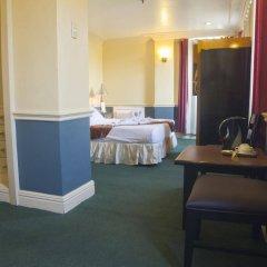 Отель Miramar Hotel Филиппины, Манила - отзывы, цены и фото номеров - забронировать отель Miramar Hotel онлайн удобства в номере