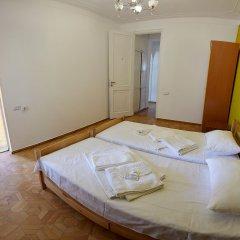 Отель Хостел Luys Hostel & Turs Армения, Ереван - отзывы, цены и фото номеров - забронировать отель Хостел Luys Hostel & Turs онлайн комната для гостей фото 2