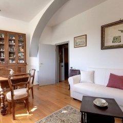 Отель Home Sharing - Santa Maria Novella Италия, Флоренция - отзывы, цены и фото номеров - забронировать отель Home Sharing - Santa Maria Novella онлайн комната для гостей фото 4
