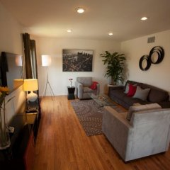 Отель San Vicente 4 Bedroom House By Redawning США, Лос-Анджелес - отзывы, цены и фото номеров - забронировать отель San Vicente 4 Bedroom House By Redawning онлайн фото 16