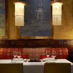 Отель Westin Palace Hotel Испания, Мадрид - 12 отзывов об отеле, цены и фото номеров - забронировать отель Westin Palace Hotel онлайн развлечения
