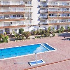 Отель RVhotels Apartamentos Lotus Испания, Бланес - отзывы, цены и фото номеров - забронировать отель RVhotels Apartamentos Lotus онлайн бассейн фото 2