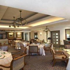 Sheraton New Delhi Hotel питание