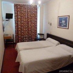 Отель Hôtel du Helder Франция, Лион - 1 отзыв об отеле, цены и фото номеров - забронировать отель Hôtel du Helder онлайн сейф в номере