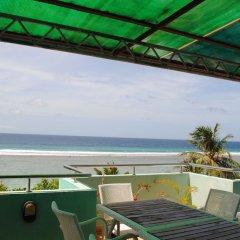 Отель Beach Sunrise Inn Мальдивы, Северный атолл Мале - отзывы, цены и фото номеров - забронировать отель Beach Sunrise Inn онлайн балкон