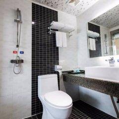 Отель Junyi Hotel Китай, Сиань - отзывы, цены и фото номеров - забронировать отель Junyi Hotel онлайн ванная фото 2