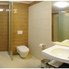 Duna Garden Hotel ванная